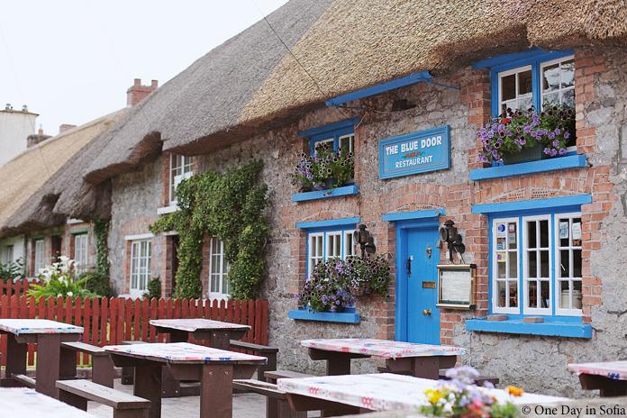 Blue Door Restaurant