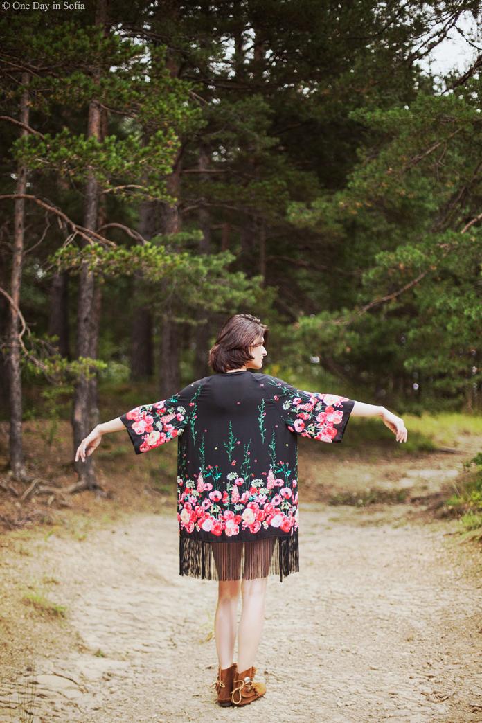 Boho kimono in pine forest