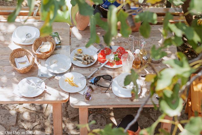 restaurant table St. Anastasia Island