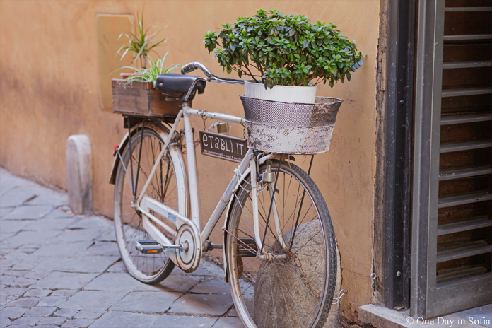 bicycle in Rome